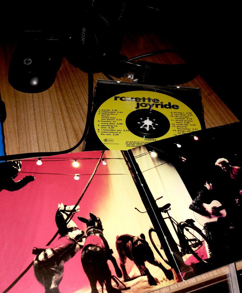 Carátula del álbum de Roxette Joyride
