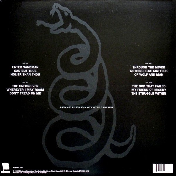 Interior del black album, con la lista de canciones