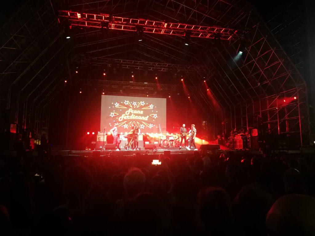 Crónica del concierto de Franz Ferdinand en Valladolid 2019 - En rojo