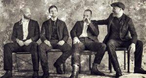 """El nuevo disco de Coldplay, Everyday Life: maduro y comprometido<span class=""""wtr-time-wrap after-title""""><span class=""""wtr-time-number"""">21</span> minutos de lectura</span>"""