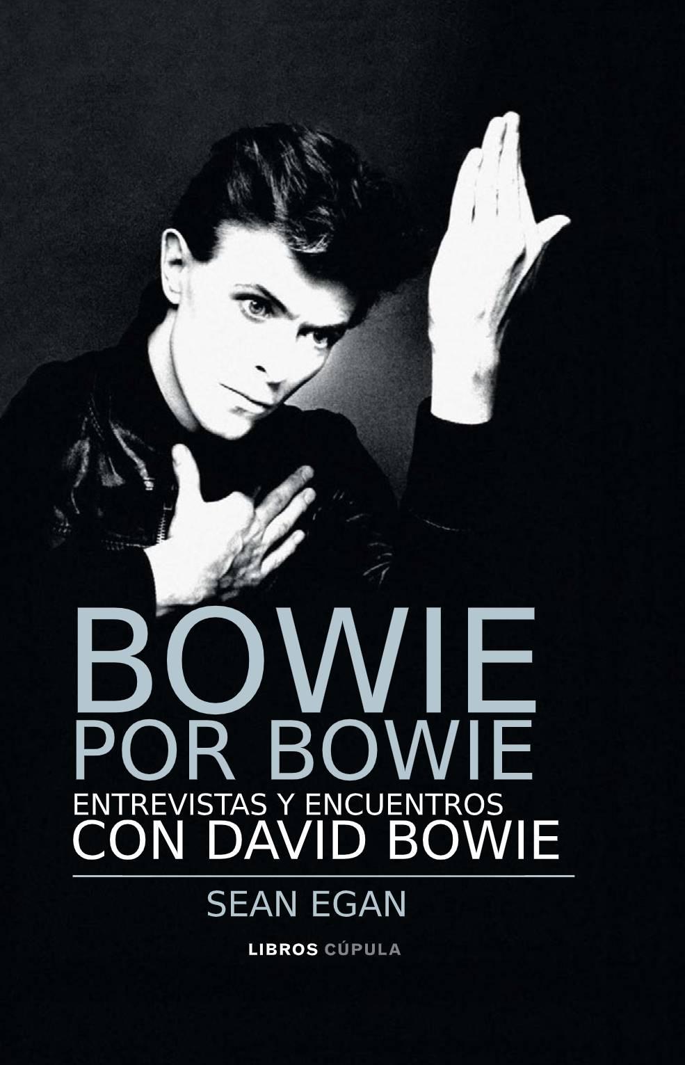 """Bowie por Bowie o cómo un músico fue mil músicos a la vez<span class=""""wtr-time-wrap after-title""""><span class=""""wtr-time-number"""">7</span> minutos de lectura</span>"""