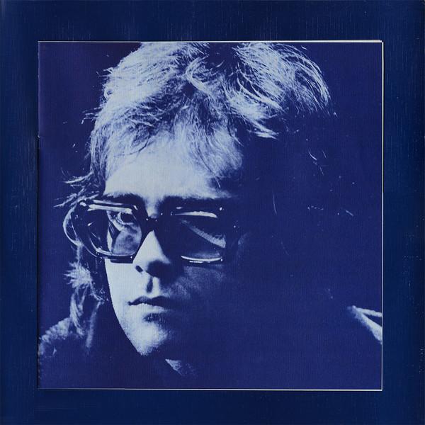 Elton John en el libreto interior