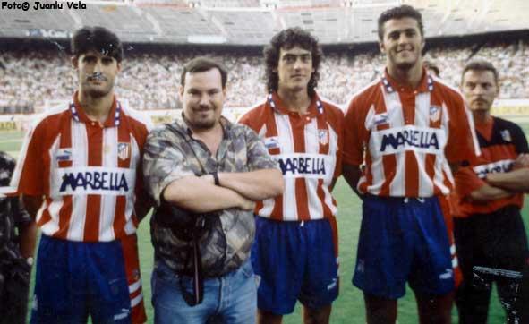 Domin J. Casas con Caminero, López y Kiko. Fotografía de Juanlu Vela
